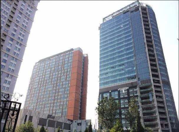 諾金中心為首旅集團在燕翔飯店原址上打造的全新高端商業綜合體。項目坐落于北京國門區域的麗都商圈,區域擁有的商住配套及花園式辦公氛圍。諾金中心入駐企業都有哪些?